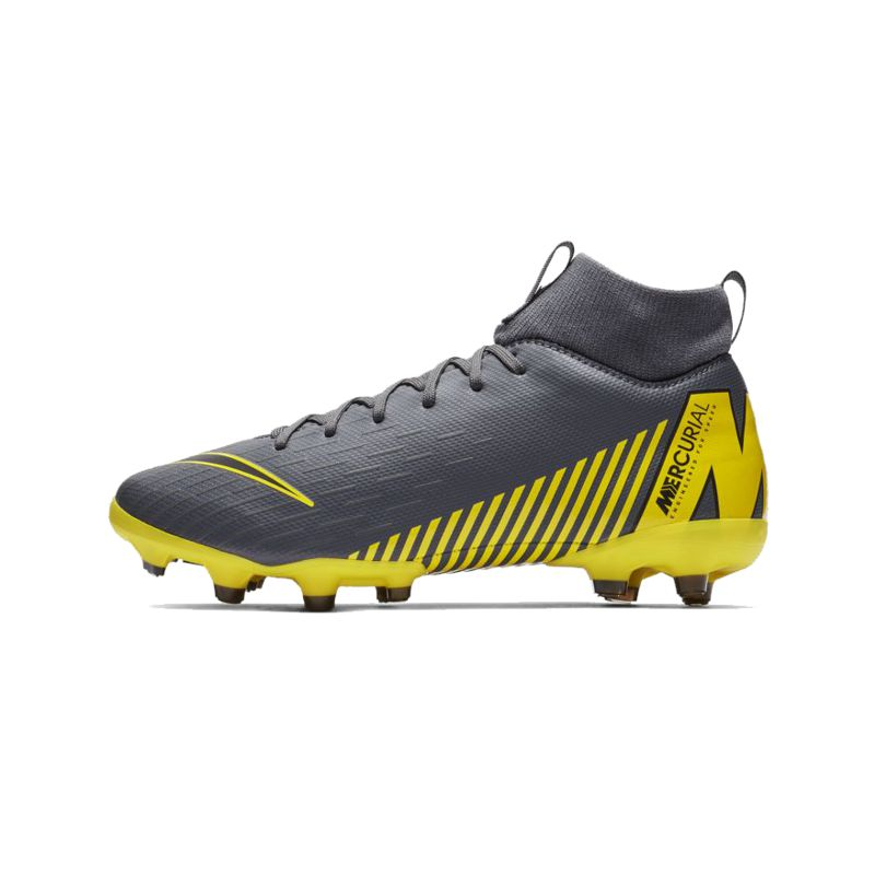 Bota fútbol multitaco de niño-a NIKE JR SUPERFLY 6 ACADEMY MG GAME OVER gris y amarilla AH7337-070