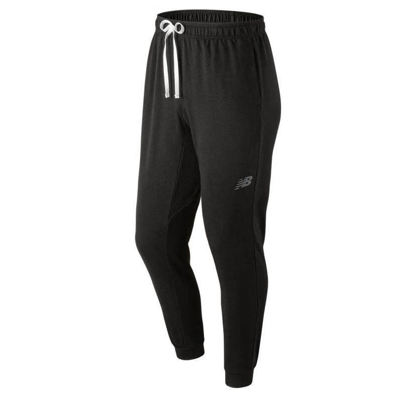 Pantalón NEW BALANCE WARM UP JOGGER negro MP91013