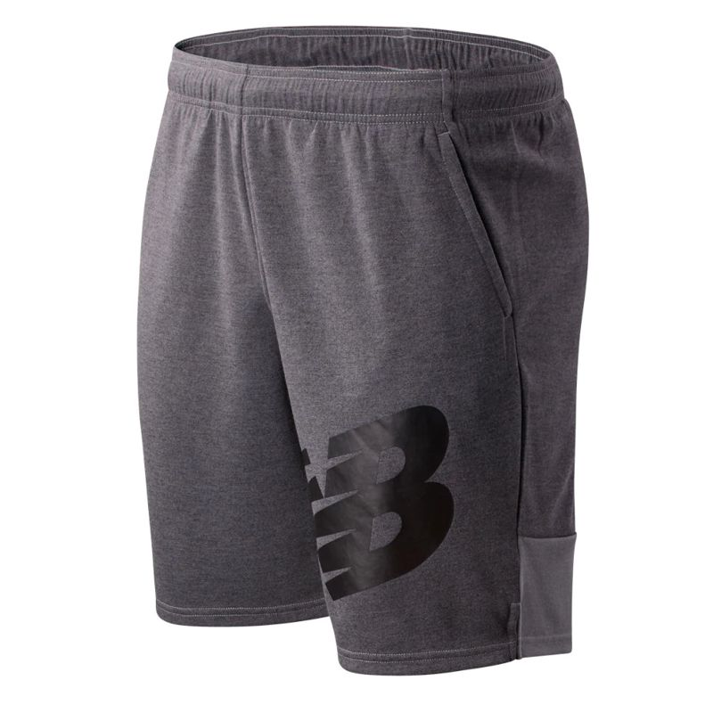 Pantalón corto NEW BALANCE TENACITY LIGHTWEIGHT SWEAT gris MS01005AG